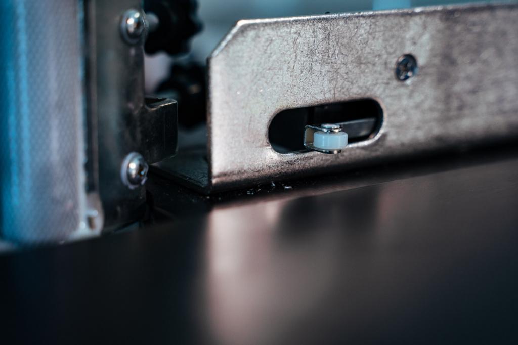 Два способа обрезки кромки на кромочнике DM 105